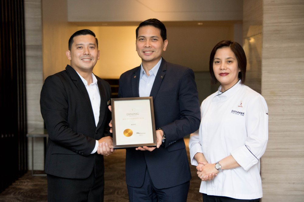Asst. F&B Manager Jules Melencion (left), Seda Abreeza Hotel General Manager Kennedy Kapulong (center), Executive Sous Chef Giovanna Sibala (right)