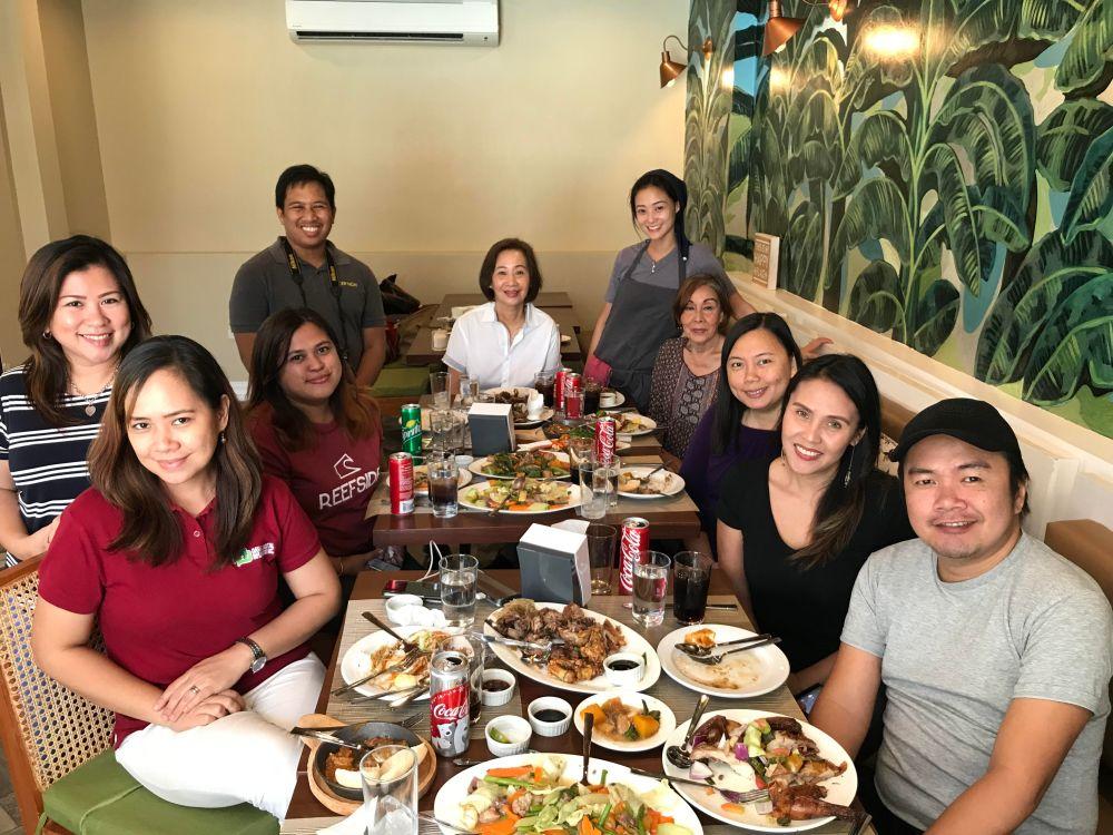 davao bloggers and davao media at patok sa manok tulip drive
