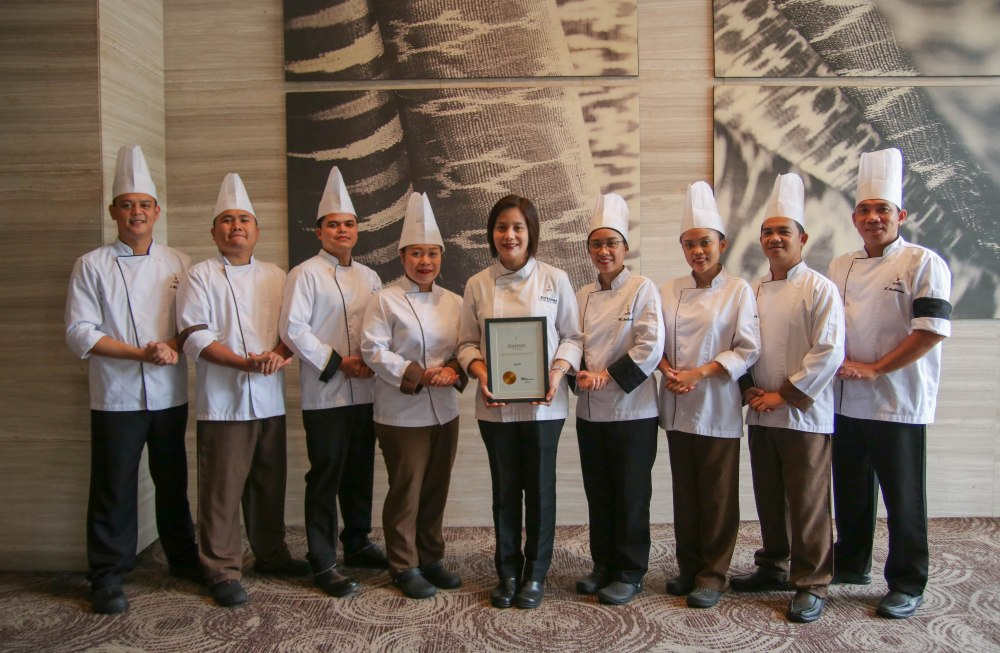 Misto culinary team led by executive sous chef Giovanna Sibala with the T-dining by Philippine Tatler Award