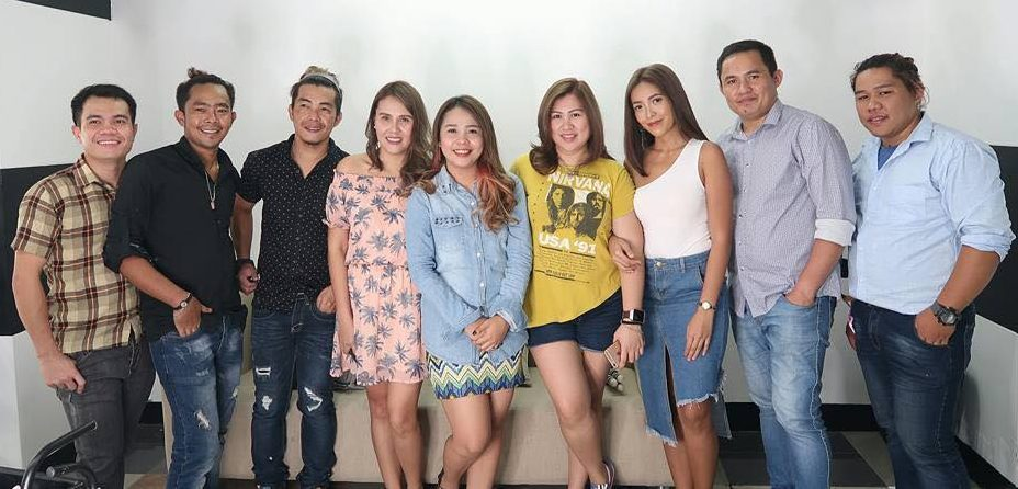 #crownedbyjohn with #teamddi davao beauty bloggers and vloggers busyqueenphils