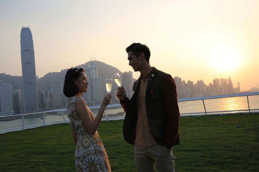 Sunset Cheers in Harbour City - read Busyqueenphils blog